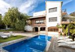 Location vacances Vilassar de Mar - Villa in Cabrils-3