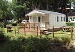 Camping avec Quartiers VIP / Premium Côtes-d'Armor - Flower Camping des Vallées-1