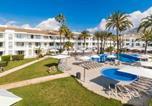 Location vacances  Province des Îles Baléares - Hoposa Hotel & Apartaments Villaconcha-3