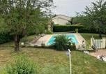 Hôtel Fénols - Chambre maison piscine-3