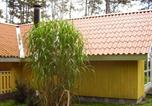 Location vacances Rødby - Two-Bedroom Holiday home in Rødby 13-3