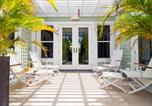 Location vacances  Iles Cayman - Pomegranate Cottage-1
