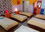 Hôtel Hongrie - White Rabbit Hostel-2