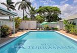 Location vacances  Jamaïque - Aircon, 3 Bedroom Villa on Beach, Pool, Runaway Bay, 5 Beds, 3 Bdrms, (Vtrb)-2