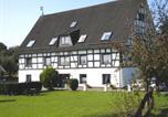 Location vacances Lennestadt - Apartment Ferienwohnung Silbecke 3-2