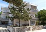 Location vacances Klenovica - Apartment Klenovica 1-4