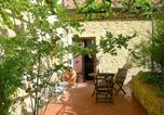Location vacances Pomarance - Vintage Holiday Home in Montecastelli Pisanoâ , with private terrace-3