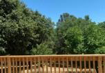 Location vacances Oakhurst - Mountain Trail Lodge and Vacation Rentals-4