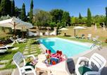 Location vacances Montecarlo - Santa Lucia Ii Villa Sleeps 8 Pool Air Con Wifi-1