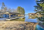 Location vacances Emporia - Idyllic Lakefront Getaway with Dock and Game Room-2
