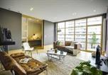 Location vacances La Hulpe - Sweet Inn Apartments - Couronne-2