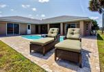 Location vacances Punta Gorda - Port Charlotte Home with Views, Heated Pool and Spa!-2