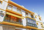Location vacances Vila Real de Santo António - Awesome apartment in Ayamonte with 3 Bedrooms-1