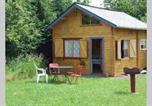 Location vacances  Morbihan - Chalet la Hulotte Forêt de Brocéliande-1
