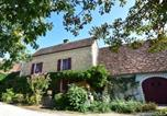 Location vacances Saint-Médard-d'Excideuil - Chic Holiday Home in Aquitaine with Swimming Pool-3