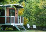 Camping avec Hébergements insolites Plovan - La Vallée de Pratmeur-1