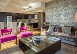 Location vacances  Bergzicht Guesthouse - Cartwrights 210c-3