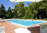 Location vacances Fabriano - Apartment with one bedroom in Fabriano with shared pool furnished terrace and Wifi-2