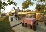 Location vacances Buzet - Holiday home in Buzet/Istrien 9974-2