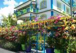 Location vacances  Maurice - Lapiroguevilla-1