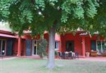 Location vacances  Province de Teramo - Modern Cottage in Colonnella with Pool-4