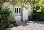 Location vacances Puylaurens - Independent cottage with swimming pool and tennis-3