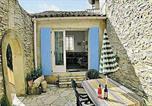 Location vacances Tavel - Apartment Montee De Cazalades-1