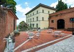 Location vacances Palaia - Graceful Apartment in San Miniato with Swimming Pool-1