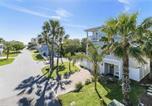 Location vacances Jacksonville Beach - Blue Breeze, 4 Bedrooms, 3 Bathrooms, Sleeps 10, walk to Beach-1