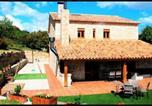 Location vacances Rubió - Calaf Villa Sleeps 10 with Pool-1