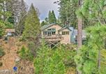 Location vacances Sonora - Pet-Friendly Mtn Home with Deck, 3 Mi to Hiking-3