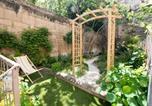 Location vacances Arles - Capucine - Oasis au cœur de la cité-1