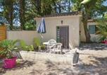 Location vacances Mazan - Studio Holiday Home in Crillon le Brave-1