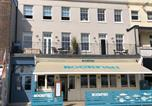 Location vacances Weymouth - 4 The Beaches Sea View and Balcony 1st Floor Flat-2