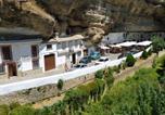 Location vacances Alcalá del Valle - La roca encantada-3