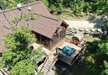 Location vacances Nominingue - Chalet Eagle Waterfront, Hot Tub + Sauna Barrel by Location4saisons-2