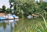 Camping avec Piscine couverte / chauffée Allemagne - Knaus Campingpark Frickenhausen-2
