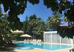 Location vacances  Province de Barletta-Andria-Trani - B&B Villa Adriana-1