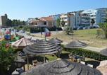 Location vacances  Province de Teramo - Luxurious Holiday Home in Roseto degli Abruzzi with Pool-2