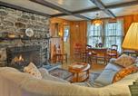 Location vacances Stockbridge - East Otis Reservoir Cabin with Porch - Walk to Lake!-2