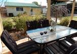 Location vacances Scamander - Holiday home by the beach in St Helens-4