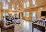 Location vacances Bryson City - Hilltop Cabin-2