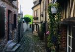 Location vacances Basse-Normandie - Les studios des 4 lions, chic et charme-1