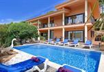 Location vacances Begur - Tamariu Villa Sleeps 10 Pool Wifi-1