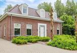 Location vacances Lelystad - Four-Bedroom Holiday Home in Zeewolde-1