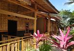 Location vacances Kalibaru - Red Island Bungalows-2