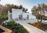 Location vacances Custonaci - Baglio Mogli Belle Villa Sleeps 5 Pool Air Con Wifi-4