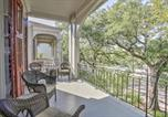 Location vacances New Orleans - Chic St Charles Ave Apt w/Porch by Streetcar Stop-2