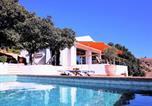 Location vacances Moclinejo - Modern Villa in Moclinejo with Private Pool-1