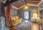 Location vacances  Province de Massa-Carrara - One-Bedroom Holiday Home in Comano (Ms)-2